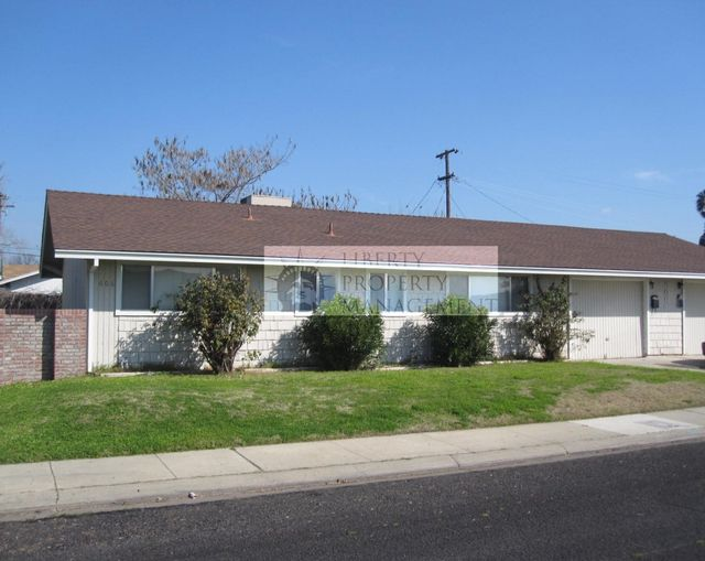 Apartment for Rent in Merced